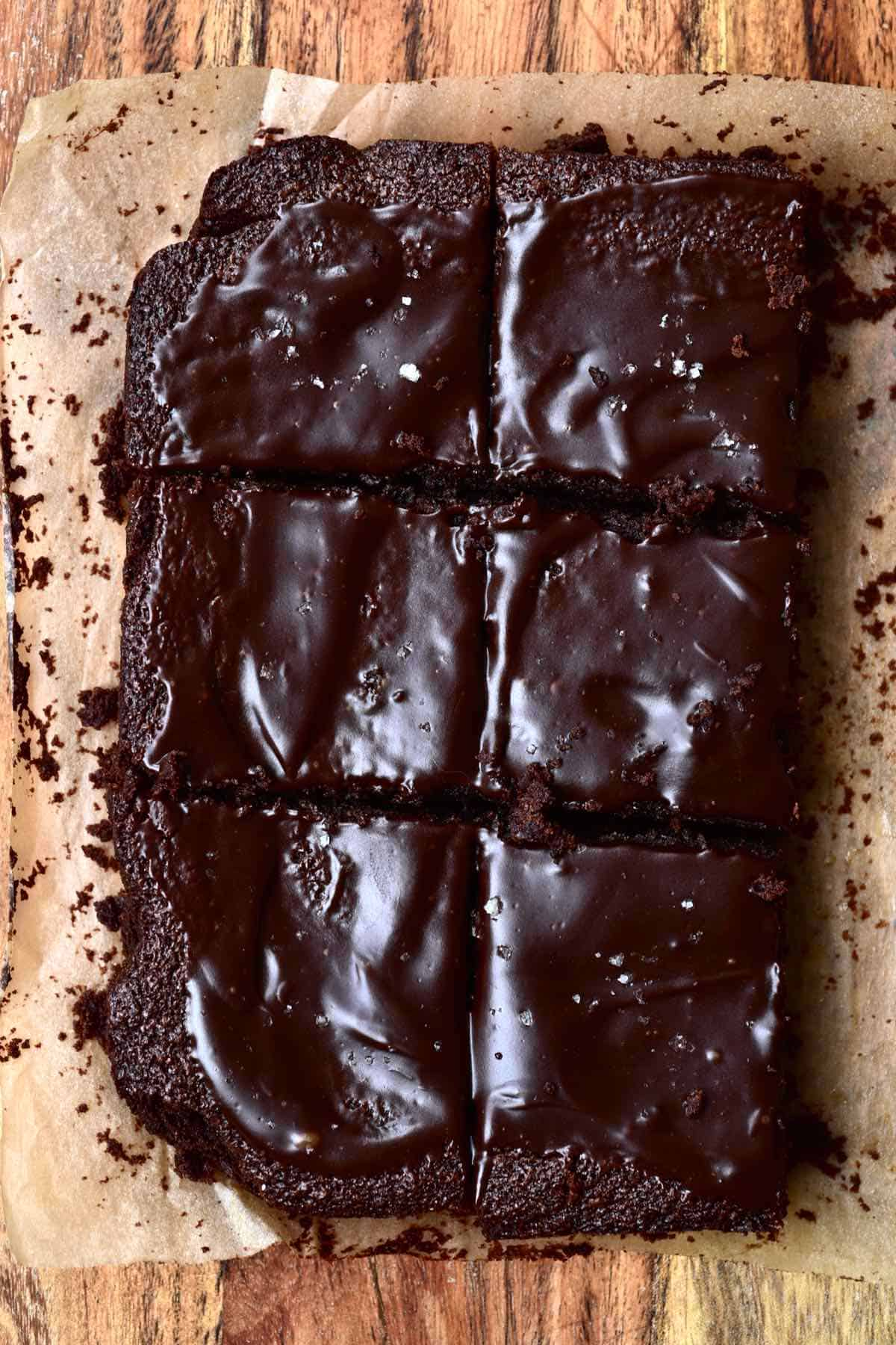 Six squares of brownies