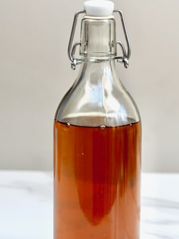 Sugar syrup in a bottle