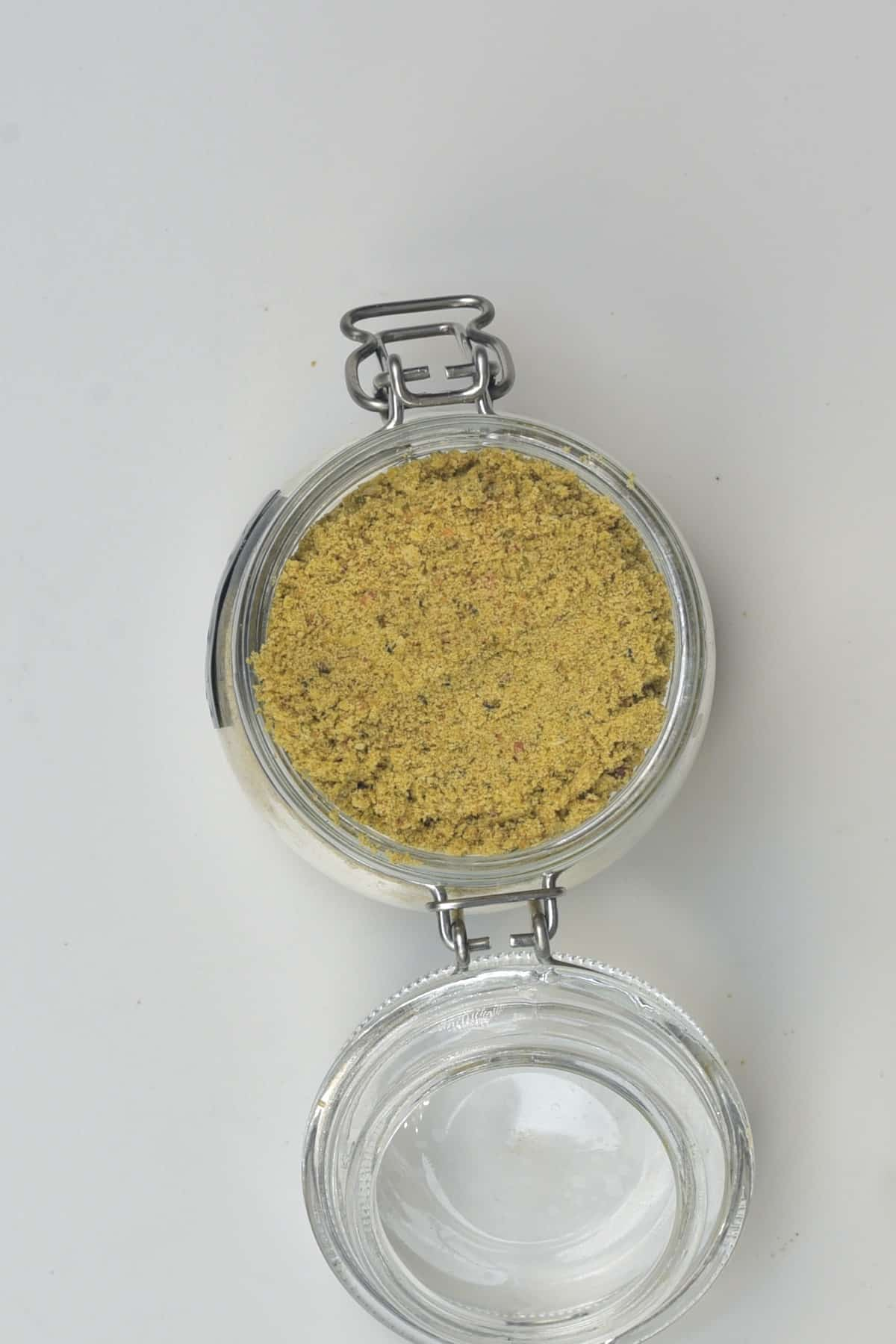 A jar with powdered vegetable stock