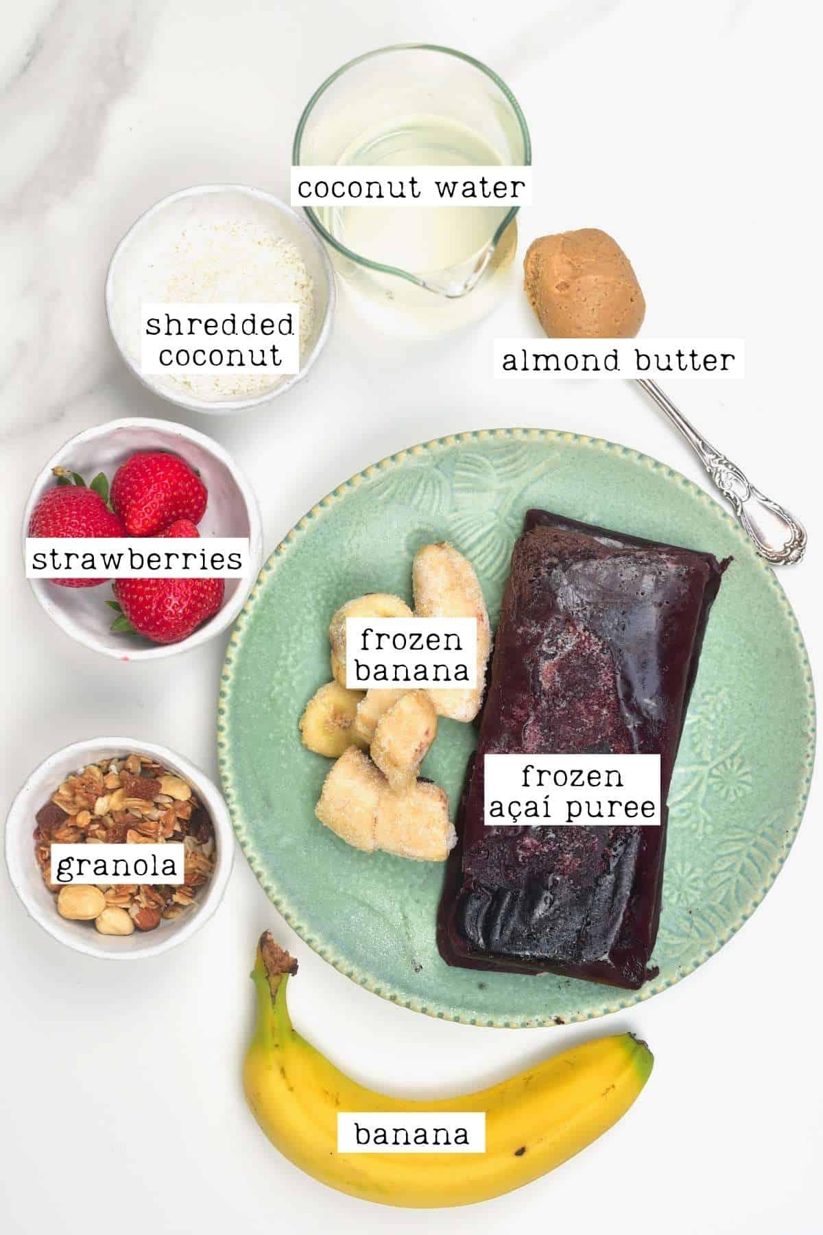 Ingredients for açaí bowl