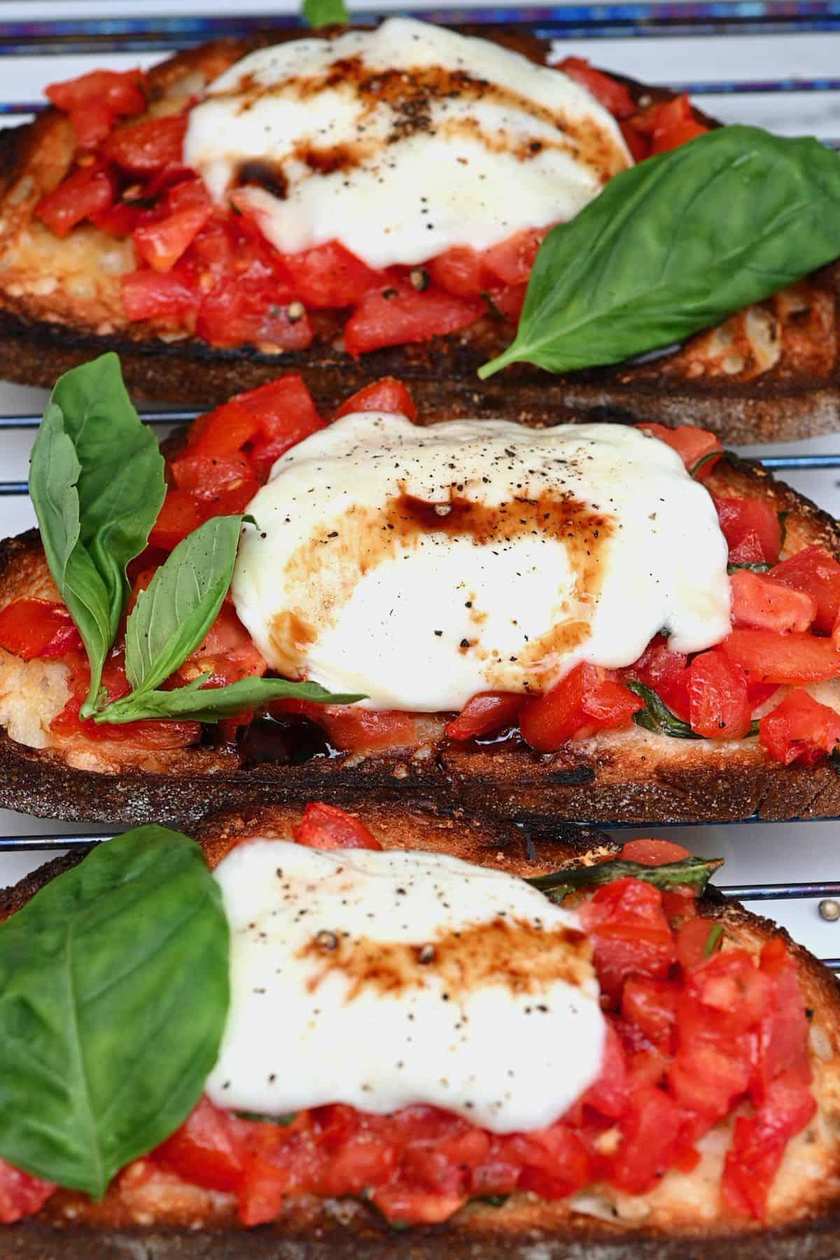 Mozzarella bruschetta topped with pepper