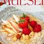 A bowl with Bircher muesli