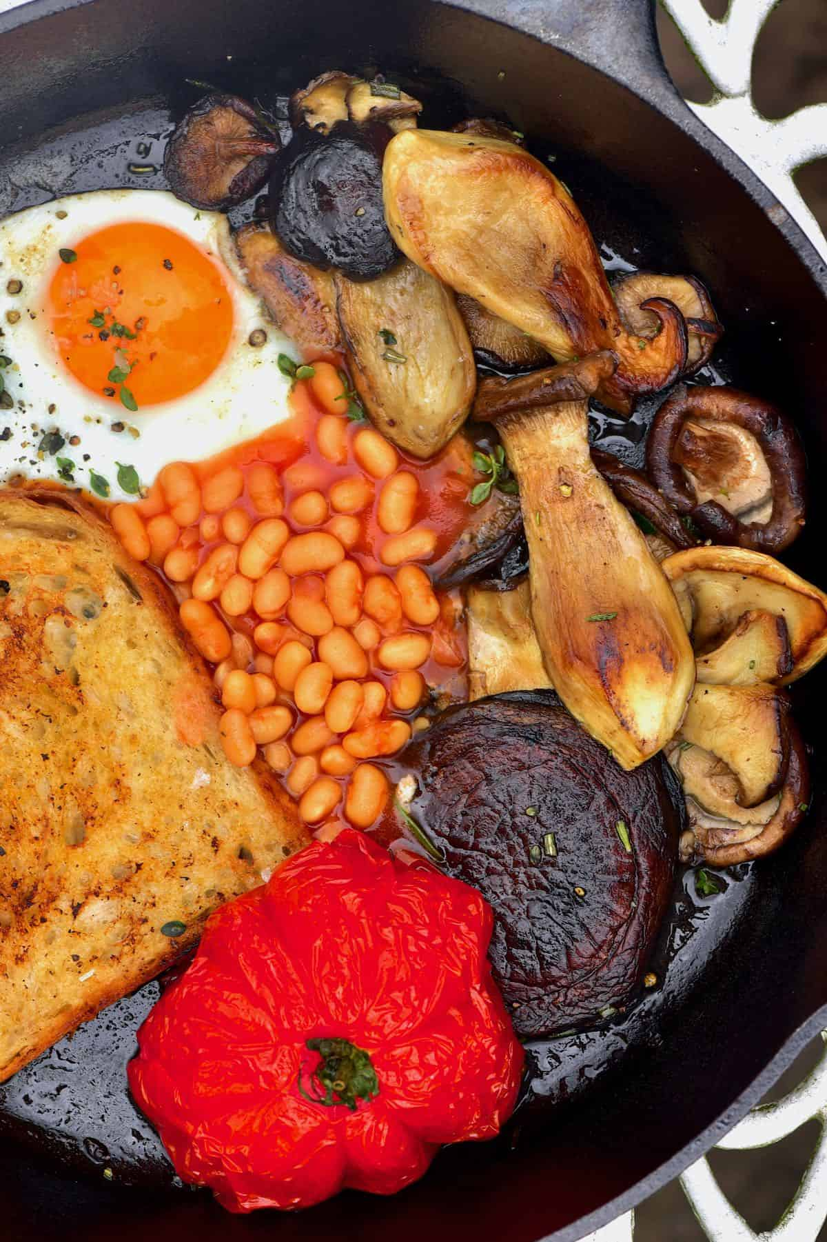 A pan with English breakfast