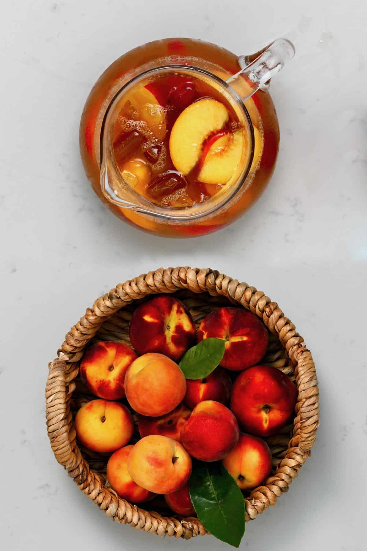 Peach ice tea and peaches